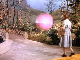 Glinda in bubble